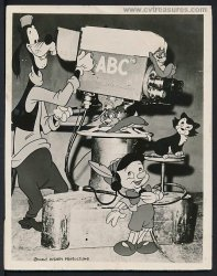 WALT DISNEY Original Vintage ABC Publicity Photo